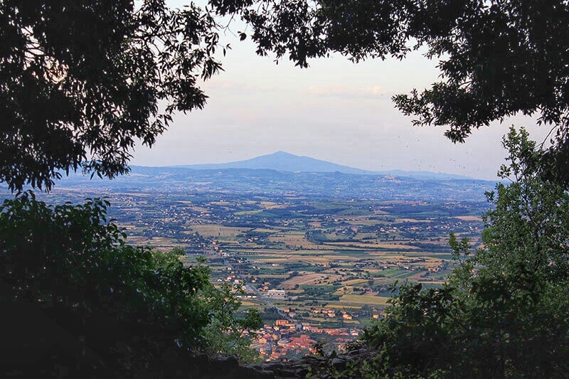 Locaux Insider's Travel Guide to Hidden Gems In Cortona Italy